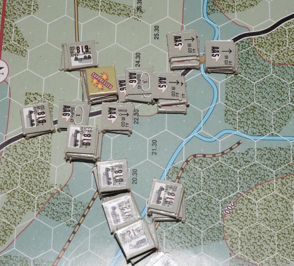 La seconda compgnia del Stu-Pio-43 sotto il fuoco dell'artiglieria